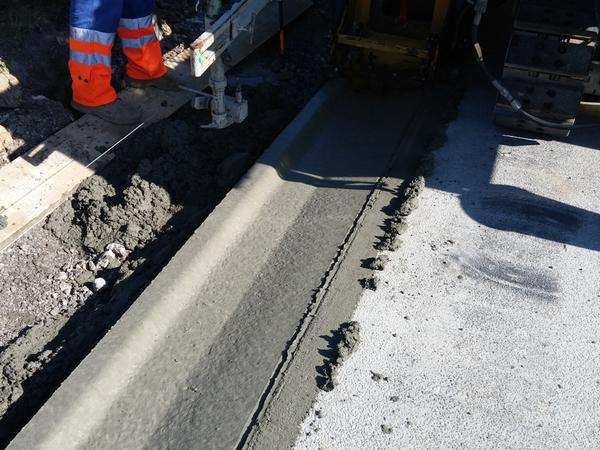 CURB-KING – beton pro monolitické žlaby dopravních staveb